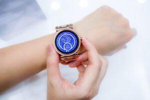 Lees meer over het artikel Smartwatch reparatie: duurzaam en betaalbaar